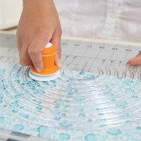 Cutter circulaire Fiskars pour tissus