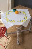 Fleurs Printemps,  kit nappe broderie traditionnelle Vervaco