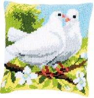 Pigeons Blancs, kit coussin canevas Vervaco